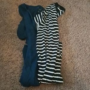 BUNDLE OF 2 LIZ LANGE MATERNITY TSHIRTS